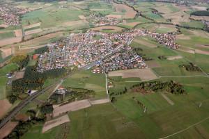 Luftansicht vom Eckentaler Ortsteil Forth (Bild vom NOVUM Verlag)